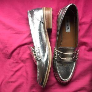 Steve Madden Silver Metallic Loafers Size 10